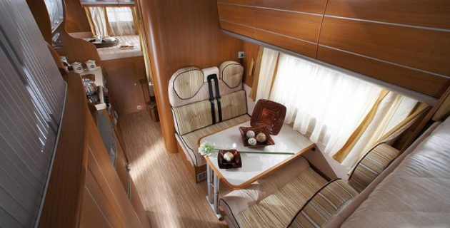 Rent a motorhome - Family Class Interior